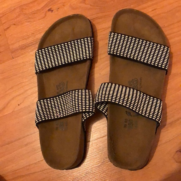45cfb3c49c1684 Birkenstock Shoes - Birkes basically brand new